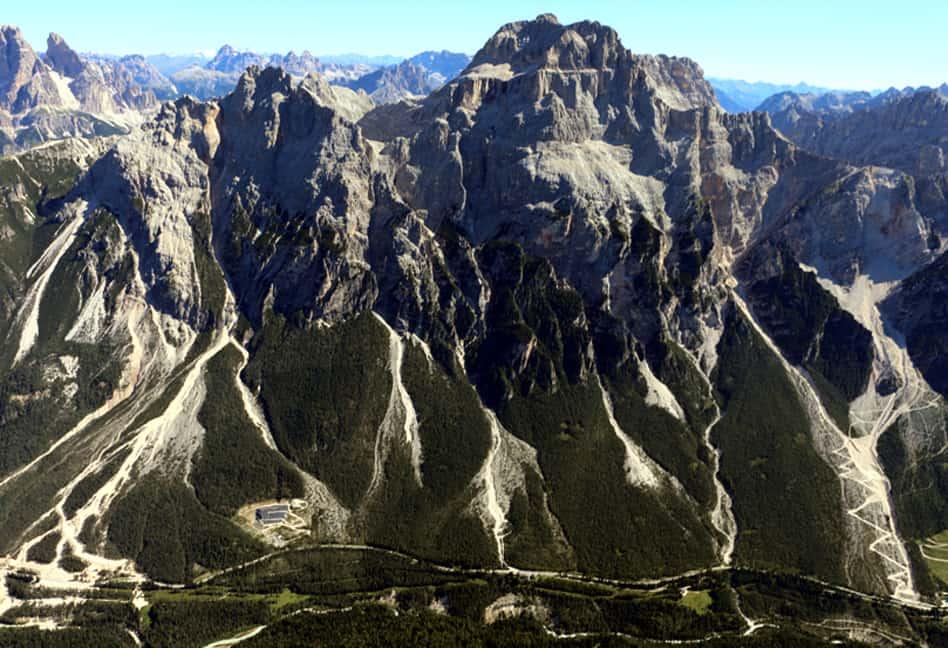 6. Frane (debris flow) valle del Boite.jpg