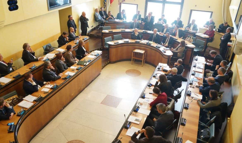 IL DOPO REFENDUM /                          Appello di Zaia al Consiglio: insieme per essere come il Trentino Alto Adige