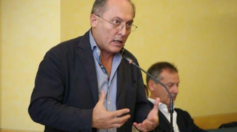 Azzalin, il dem astensionista attacca il Pd nazionale