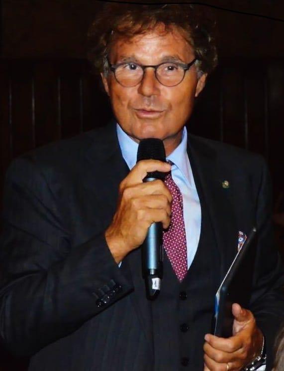Prof.Foresta