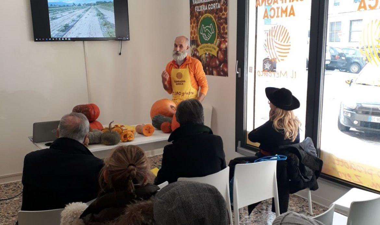 Treviso, a lezione di radicchio con Campagna Amica