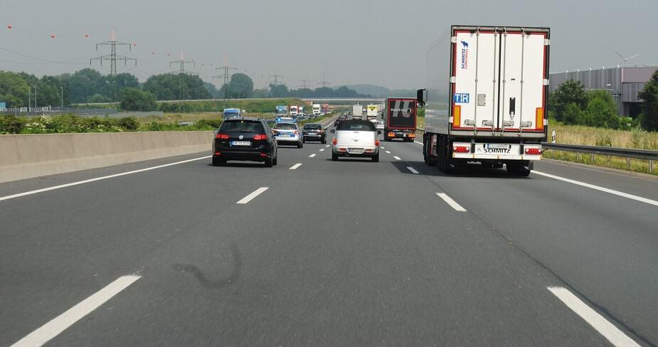 Il Nordest corre sui Tir: 240mila automezzi al giorno