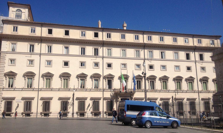 """Contratto per il Governo: Il """"Movimento 5 stelle"""" lo porta nelle piazze del Veneto"""