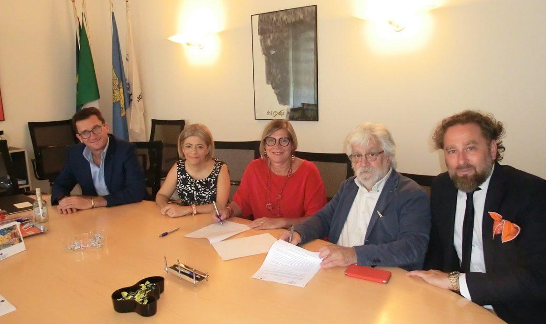 Convenzione tra Ascom-Confcommercio Pordenone e Associazione Pn Tutela per attivare lo Sportello di aiuto