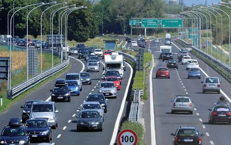 Week end da bollino rosso sulla rete di Autovie Venete dove proseguono i lavori per la terza corsia