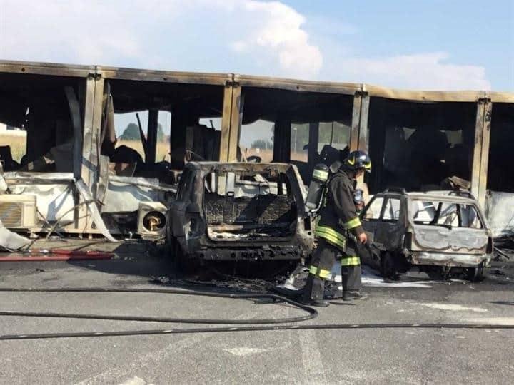 Ronchis, Autovie Venete all'opera per ripristinare i servizi dopo l'incendio che ha distrutto il campo base della terza corsia