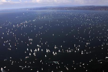 A Spirit of Portopiccolo la 50ima edizione della Barcolana: 2.700 imbarcazioni al via