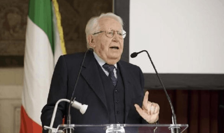 """Giuseppe Zamberletti, """"padre"""" della ricostruzione dopo il terremoto del 1976, nel ricordo delle istituzioni"""