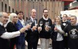 Vinitaly: le bottiglie della vendemmia sociale per i pazienti oncologici