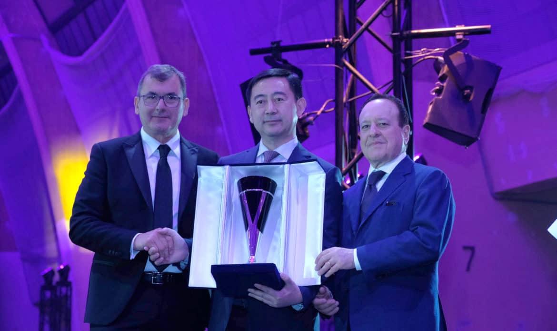 Ornellaia, Leon Liang e Demi Li i vincitori del Premio internazionale Vinitaly 2019