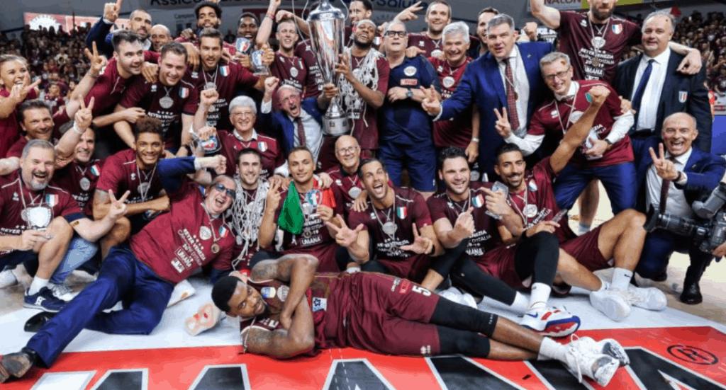 """Basket, Reyer Venezia campione d'Italia. Zaia: """"Complimenti da chi ama lo sport"""""""