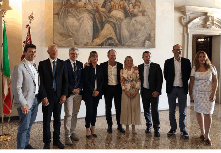 """Mancano i medici, la ricetta del Veneto: assumere 500 giovani laureati. Zaia: """"Non ci arrendiamo"""""""