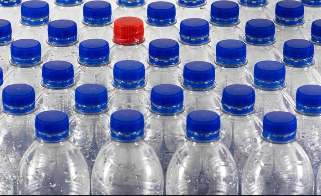 """Giorgetti, lotta alla plastica. """"Lavoriamo per ridurre l'utilizzo"""""""