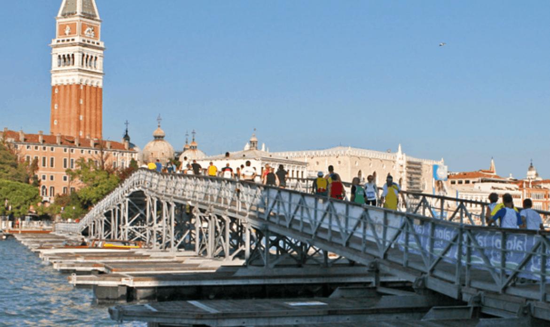 La Venice Marathon corre su un ponte costruito a Casale sul Sile