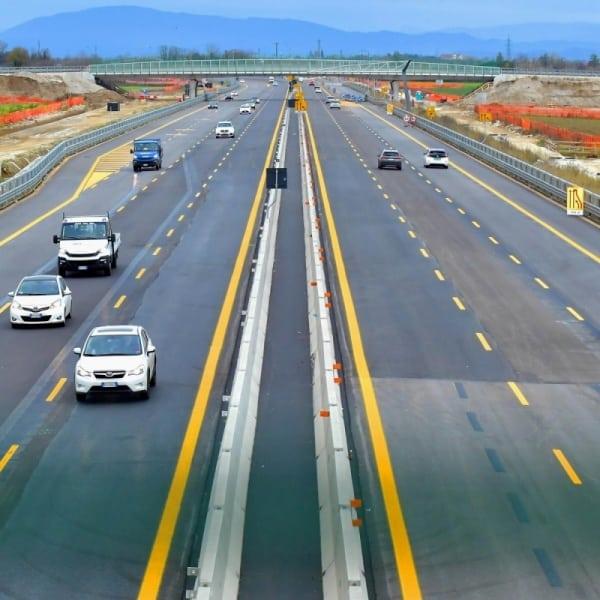 Niente aumenti tariffari sulla rete autostradale di Autovie Venete mentre proseguono celermente i lavori per la realizzazione della terza corsia