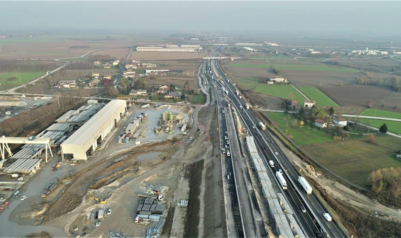 Aperti altri 6 chilometri di terza corsia sulla A4 in direzione di Trieste