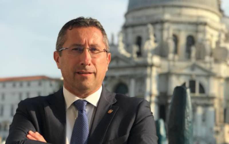 """Tre """"vittime"""" per il caso bonus in Veneto, tra cui il vicepresidente della giunta regionale Gianluca Forcolin, dimessosi da tutte le cariche"""